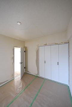 新品の白い建具2